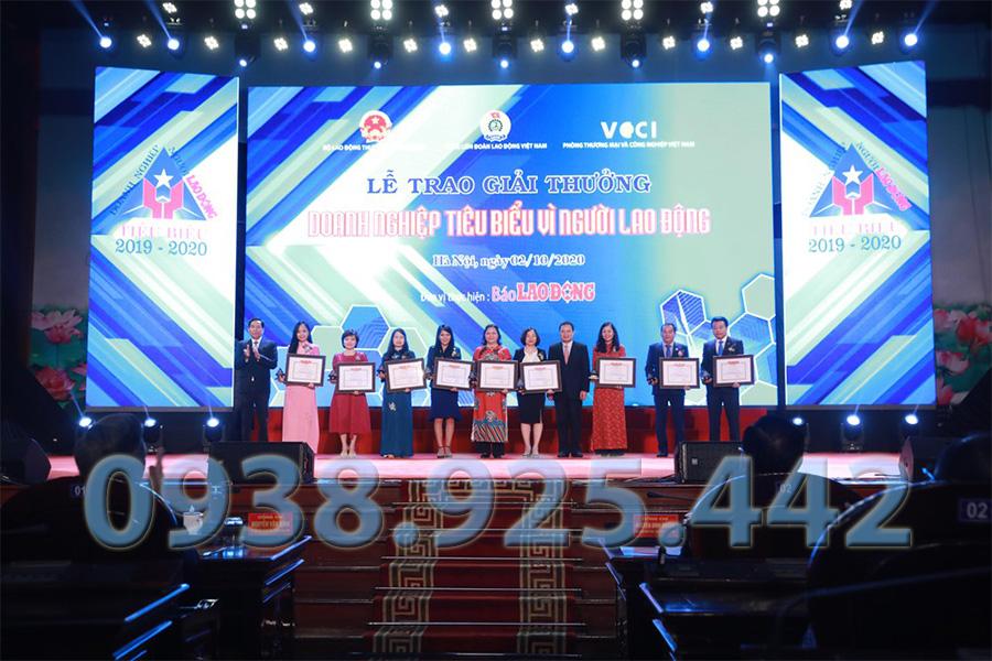 Công Ty Thông tắc bồn cầu quận 5 Hồng Phong được vinh danh doanh nghiệp tiêu biểu