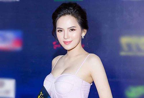 Clip nóng Phi Huyền Trang và sự nghiệp của cô nàng?